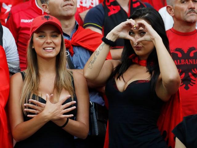 Die Albanerinnen Irid und Rike