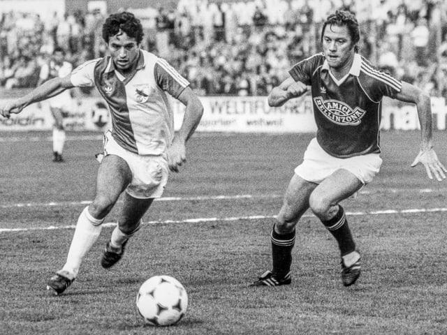 Bild aus den 80er: Fussballspiel