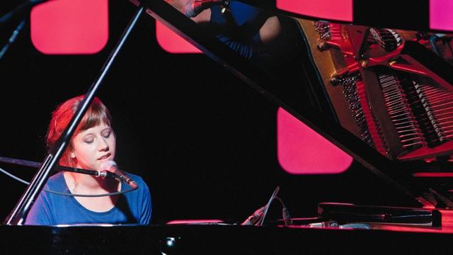 Anna Aaron spielte Lieder ihres Debutalbums «Dogs in Spirit»