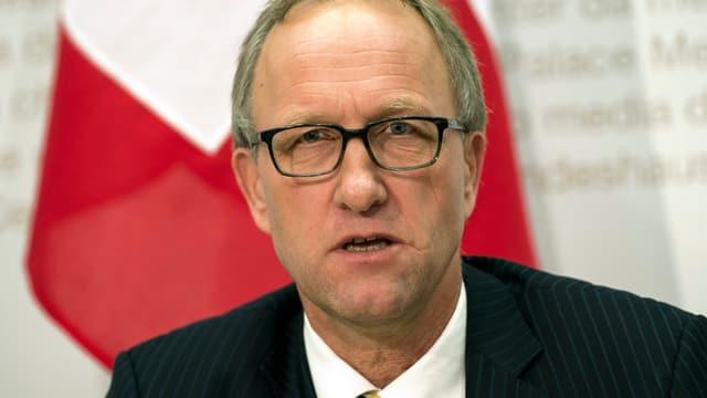 Porträt des Zuger Finanzdirektors Peter Hegglin