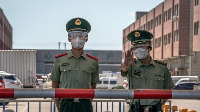 Polizisten in Peking