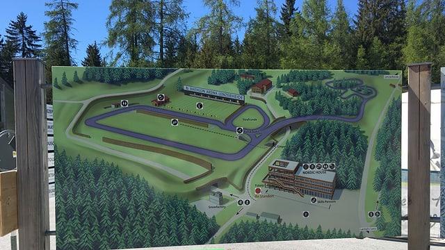 Arena da biathlon spetga vinvavant sin daplei pistas cun rodas.