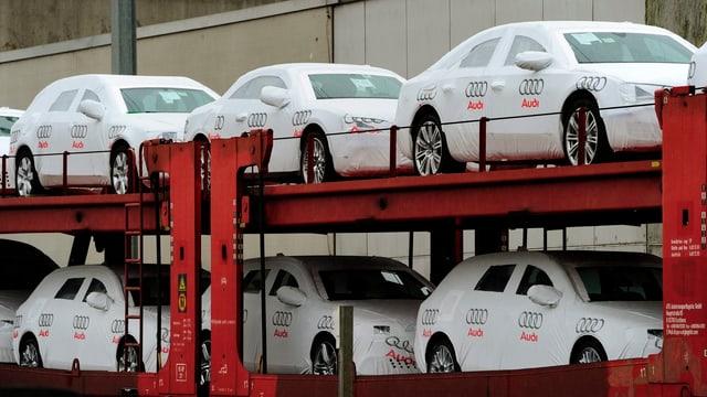 Cargozug mit Audiwagen