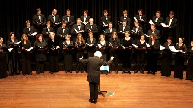 Video «Weihnachtsoratorium von Johann Sebastian Bach - Teil 2 & 5» abspielen