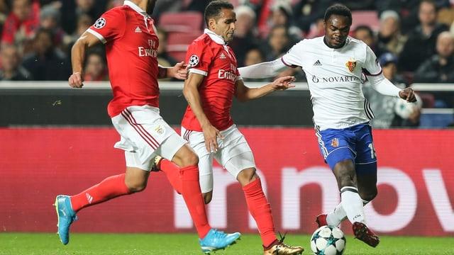Dimitri Oberlin im Spiel gegen Benfica Lissabon.