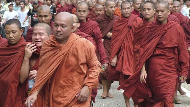 24. September 2007 in Rangon: Friedlicher Protest gegen die Militärjunta