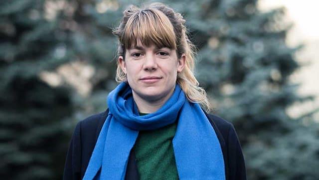 Ein Porträt von Julia Weber.