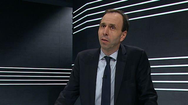 Tobias Straumann.