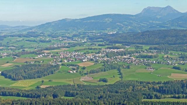 Luftaufnahme von Châtel-St-Denis