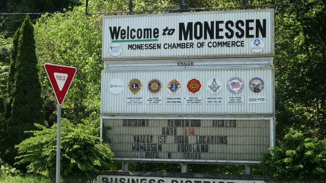 Ortsschild von Monessen