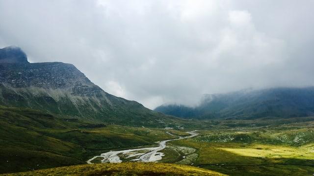 Èn las Alps ozendi pli privlusas che pli baud?