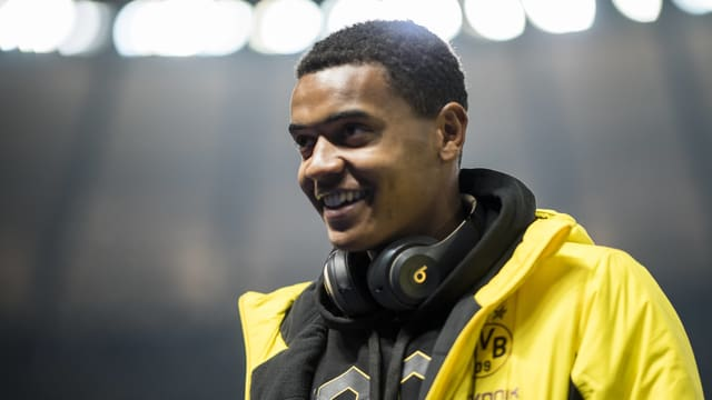 Manuel Akanji beim Gastspiel von Dortmund in Berlin