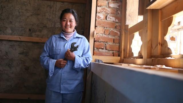 Eine Berufsschülerin bei ihrer Arbeit