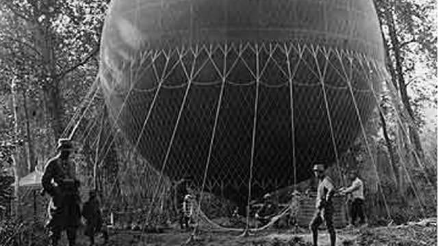 Ein Aufklärungballon im Einsatz.