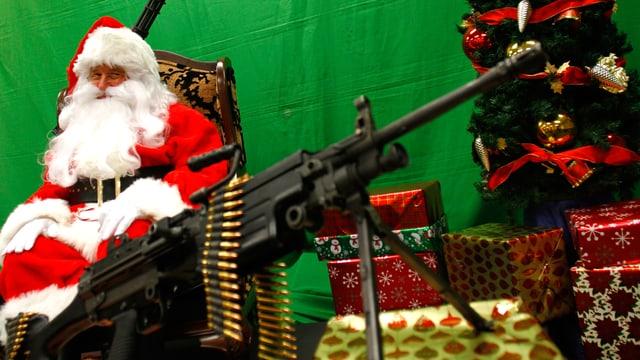 Santa Clause an einer US-Waffenmesse in Arizona.
