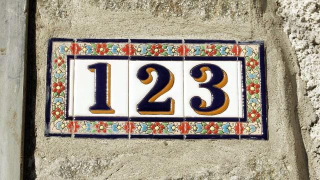 Hausnummer 123