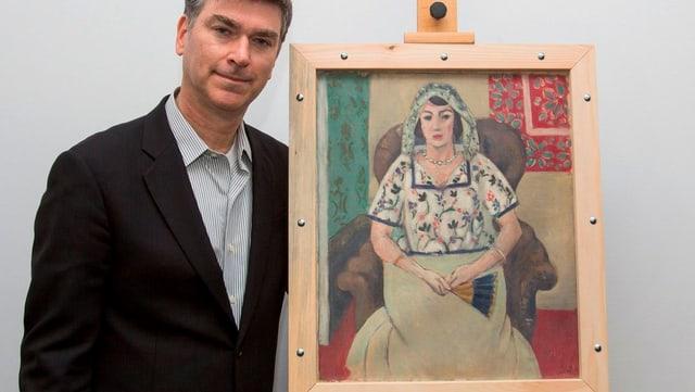 Der Anwalt Christopher Marinello neben dem Gemälde vom Henri Matisse.