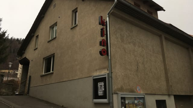 Kino Rätia Tusaun