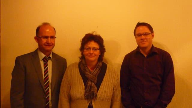 La suprastanza da l'Uniun da Spitex Cadi cun il president Adelrich Berther (senester), Sonja Deflorin ed il nov-elegì René Epp.