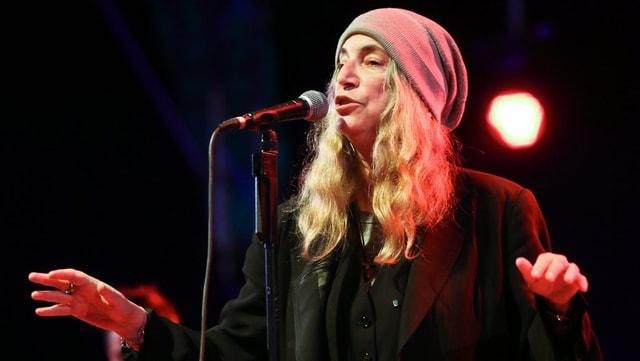 Punk-Ikone Patti Smith bei einem Auftritt.