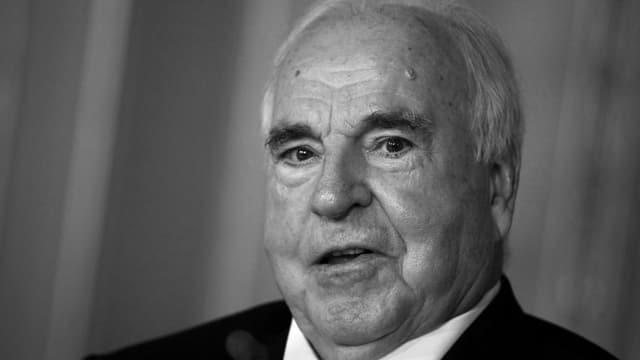 Helmut Kohl l'onn 2010.