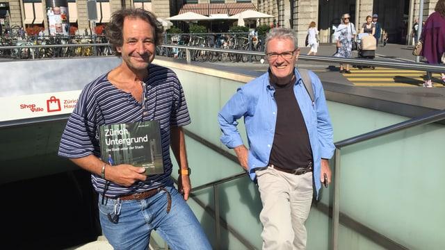 Die Buchautoren Michael T. Ganz und Marc Valance.