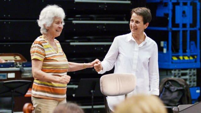 MAESTRAS – der lange Weg der Dirigentinnen ans Pult