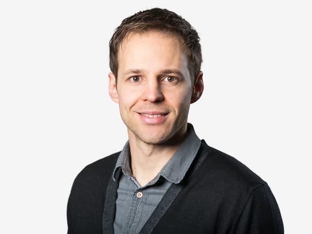 Christoph Hofbauer kommentiert die Spiele gemeinsam mit Reto Held.