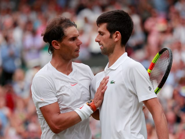 Rafael Nadal und Novak Djokovic 2018 in Wimbledon.