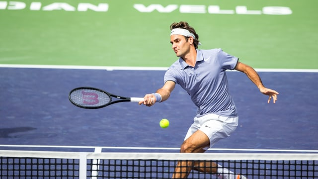 Roger Federer bekommt es mit Dimitri Tursunow zu tun.