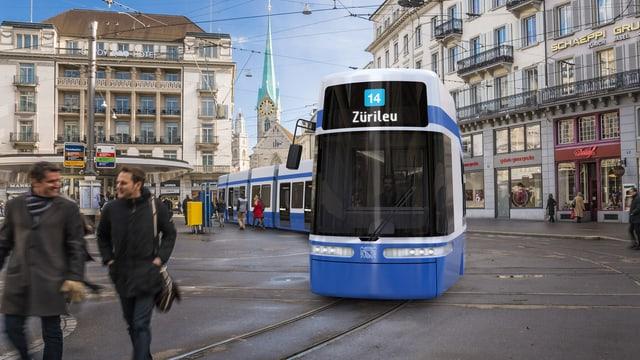 Ein blau-weisses Tram am Zürcher Paradeplatz