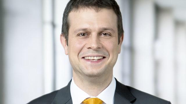 Dajan Roman, il nov manader da communicaziun da l'Ospital chantunal a Cuira.