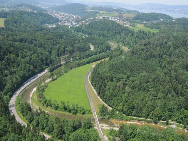 Luftaufnahme des Standorts Rütiboden oberhalb von Langnau am Albis
