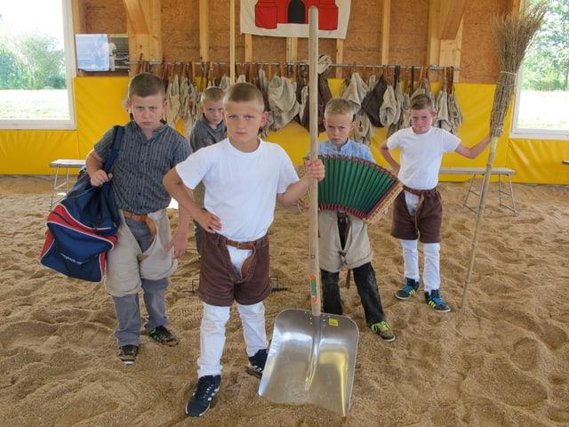 Die bösen Bugen aus Rothenburg posieren für ein Gruppenbild.