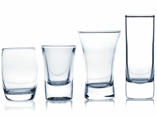 Eine Auswahl an Trinkgläsern.