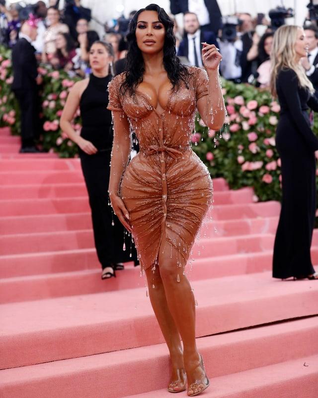 Kim Kardashian im Nass-Look.
