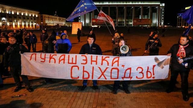 Demonstranten in Minsk