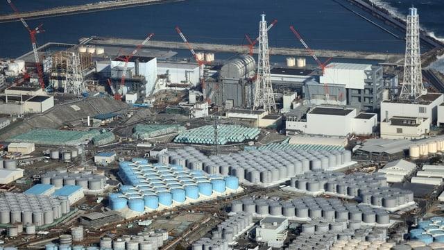 Areal dals reacturs tar l'ovra atomara da Fukushima.