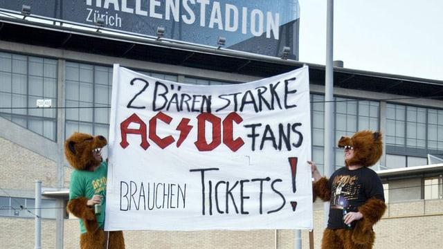Fans suchen Tickets