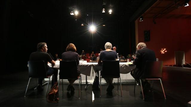 Ils responsabels dal teater Cuira preschentan il program per la stagiun 2017/18.