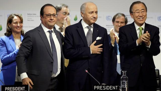 François Hollande, Laurent Fabius und Ban Ki Moon vereint am Klima-Gipfel.