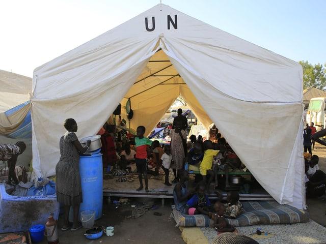 Flüchtlingszelt der UNO