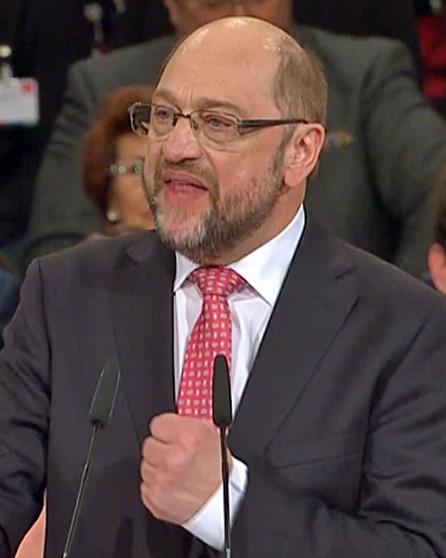 Martin Schulz am Rednerpult.