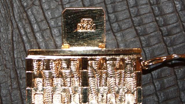 Goldenes Armband mit einem Prägestempel 18Kt 750