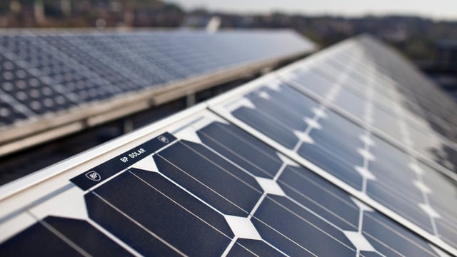 Solarpanels auf einem Hausdach