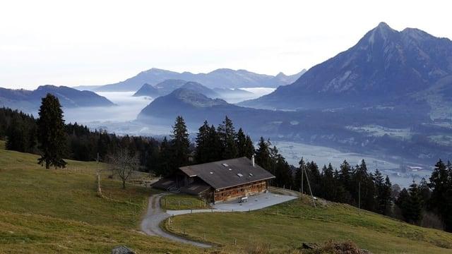 Blick vom Ramersberg ins Sarneraatal.