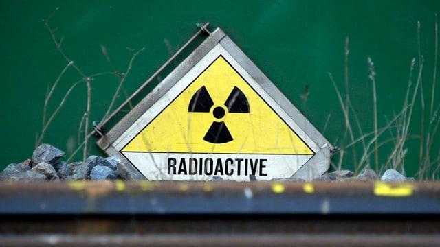 Schild radioaktiver Abfall