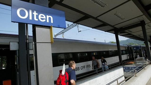 Ein Gleis im Bahnhof Olten