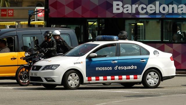 in auto da polizia da la Catalugna