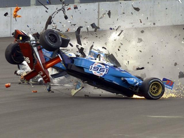 Der schreckliche Crash 2001 auf dem Lausitzring in Deutschland.